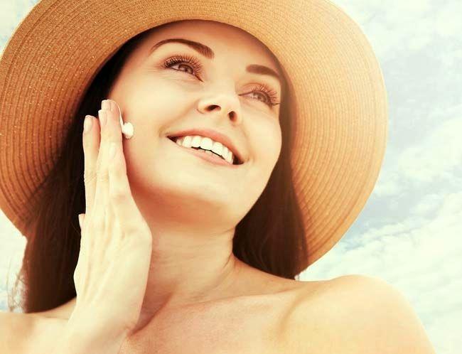روغن برنزه کننده و جلوگیری کننده از آفتاب سوختگی