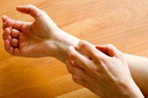 دلایل حساسیت پوستی دانش آموزان