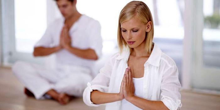 یوگا و تاثیر آن در حفظ جوانی