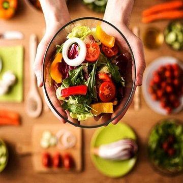غذاهای مفید و مضر برای افراد مبتلا به بیماری ام اس