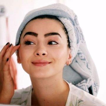 چگونه بدون آرایش زیبا باشیم؟