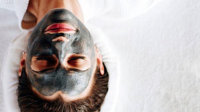 خواص ذغال فعال در زیبایی پوست و مو