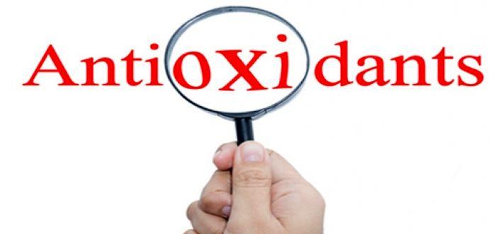 نقش آنتی اکسیدان ها در بیماری های قلبی - عروقی