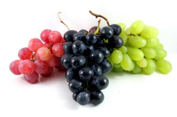 از خواص انگور بیشتر بدانید