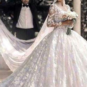 توجه دختران باهوش هنگام پرو لباس عروس