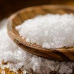 از نمک برای بهبود سردرد استفاده کنید