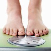 کاهش وزن با کاهش مصرف مواد غذایی پرکالری