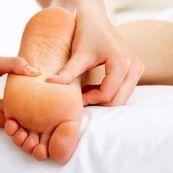 روش های خانگی برای درمان پا و مچ پای متورم