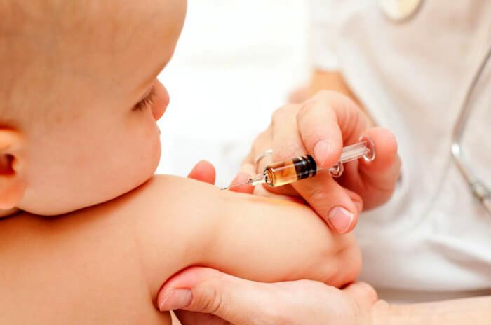 نحوه تلقیح واکسنها از بدو تولد به چه صورت است؟