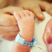 چه عواملی سبب ایجاد نواقص مادرزادی در جنین می شوند ؟