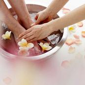 مزایای روغن گل رز برای پوست