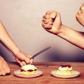 چطور هنگام غذا خوردن مغز خود را گول بزنید و زودتر احساس سیری کنید