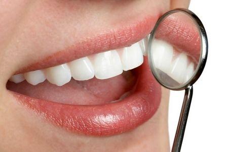 چگونه از مشکلات دندان و لثه در دوران بارداری پیشگیری کرد ؟