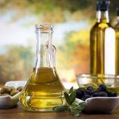 اهمیت روغن زیتون در رژیم غذایی مدیترانه ای