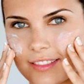 ۴ توصیه جهت آبرسانی و مرطوب کردن بهتر پوست