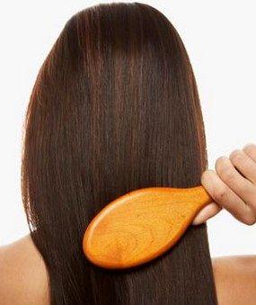 روش صحیح شانه زدن موهای بلند