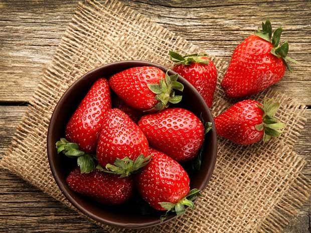 درمان بیماری ها با توت فرنگی