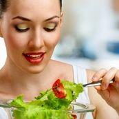 با این مواد غذایی، پوست خود را زیبا سازید