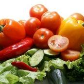 با خوردن این مواد غذایی، زیبا شوید
