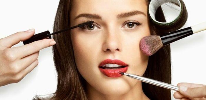 چطور ماندگاری آرایش خود را افزایش دهید؟
