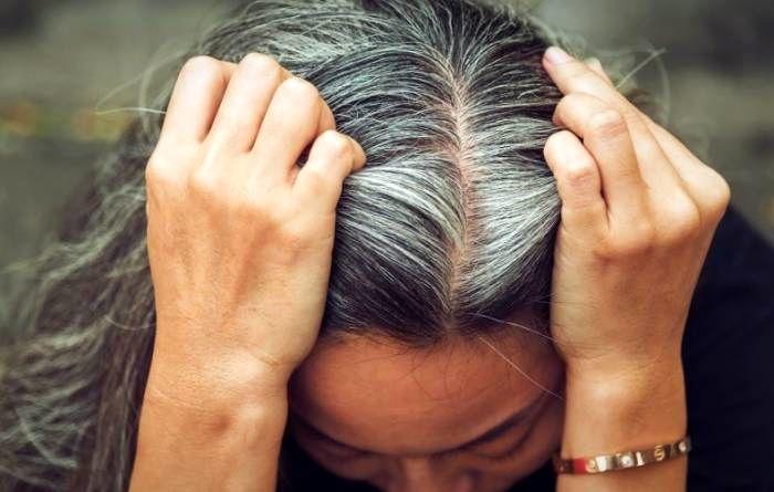 با این میوه ها از سفید شدن مو جلوگیری کنید